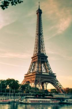 Eiffel Tower 埃菲尔铁塔
