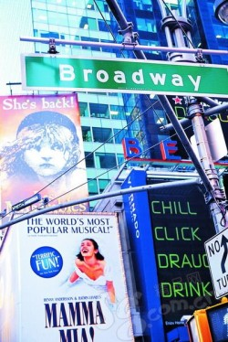 Broadway 百老汇